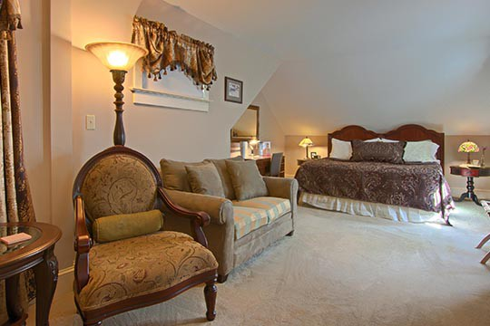 Asheville B&B King Suite